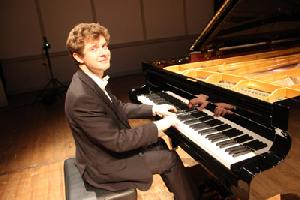 Alexej Gorlatch spielt Chopin